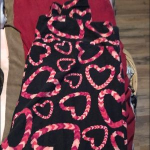 LulaRoe Valentines Day ❤️leggings size TC2 EUC